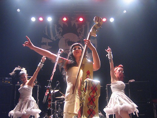 800px-horrorpops_live_in_montreal_2006