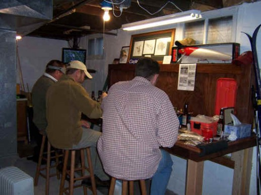 man_cave_-_tying_flies_for_the_2008_season